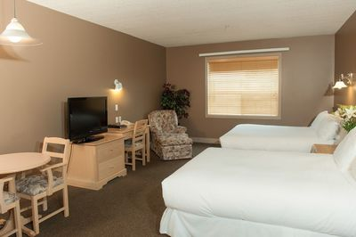 Double Room Interior at Podollan Inn Fort McMurray